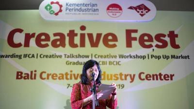 Creative Fest BCIC 2020 menampilkan berbagai program unggulan mulai dari Awarding Indonesia Fashion and Craft Awards hingga Pameran Produk Online IKM Kreatif Tenant BCIC.